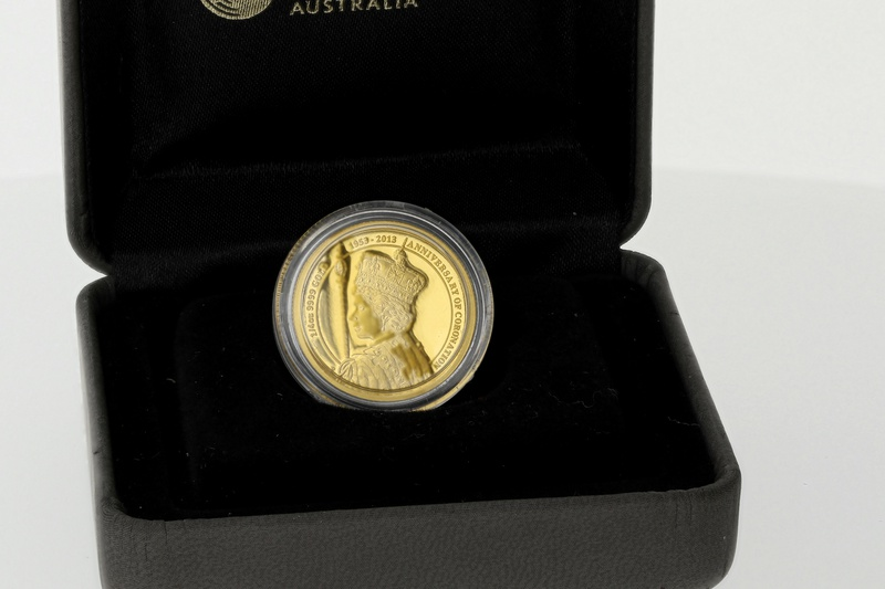 Perth Mint 2013 60th Anniv. of the Coronation of QE II 1/4oz Gold Proof Coin Boxed
