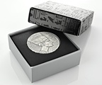 2017 Queen Nefertiti 5-Ounce Silver Coin Boxed