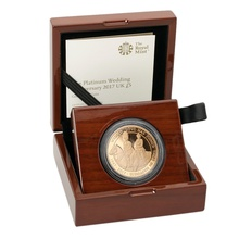 2017 - Gold £5 Proof Crown, Platinum Wedding Anniversary Boxed
