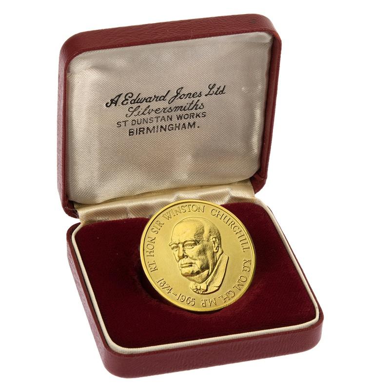 1874-1965 Sir Winston Churchill Medal Boxed