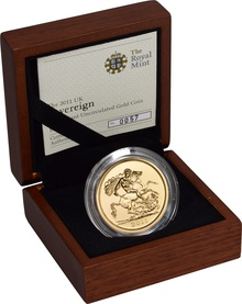 2011 - Gold £5 Brilliant Uncirculated Coin Boxed