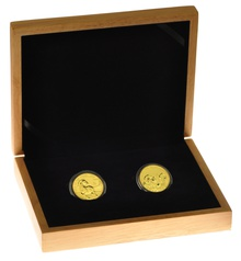 Large Oak Gift Box - 2 x 1oz Gold Coins 33mm