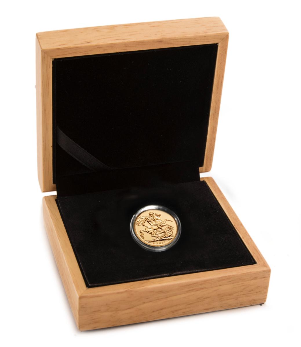 Gold Sovereign Oak Gift Box Bullionbypost From 163 15 00