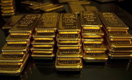 Physical gold ingots